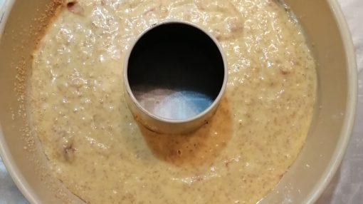 composto in teglia imburrata circolare