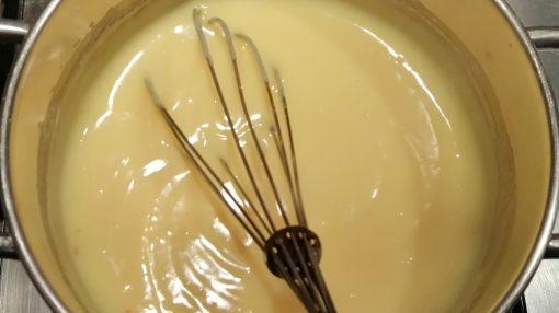 crema pasticcera pronta foto
